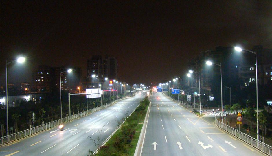 深圳市华夏路LED路灯工程